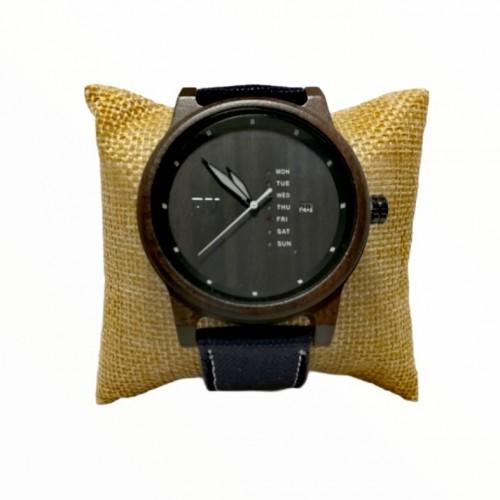 Wooden Wrist watch Sandalwood Rizes